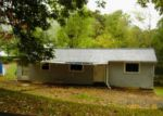 Foreclosed Home in Elizabethton 37643 SMITH AVE - Property ID: 3412325646