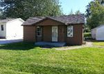 Foreclosed Home in Jerseyville 62052 W PINE ST - Property ID: 3412854274