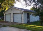 Foreclosed Home in East Saint Louis 62206 LAZARCHEFF DR - Property ID: 3412872229