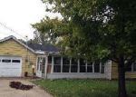 Foreclosed Home in East Saint Louis 62206 GARDEN ST - Property ID: 3412894121
