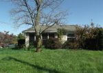 Foreclosed Home in New Albany 47150 SAINT JOSEPH RD - Property ID: 3413079392