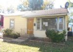 Foreclosed Home in Topeka 66611 SW BRADBURY AVE - Property ID: 3413187581
