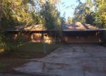Foreclosed Home in Baton Rouge 70815 ELIZABETH DR - Property ID: 3413369331