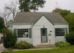 Foreclosed Home in Essexville 48732 MAIN ST - Property ID: 3413570359