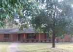Foreclosed Home in Yazoo City 39194 S SUNSET DR - Property ID: 3413970677