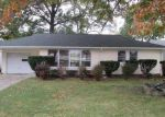 Foreclosed Home in Cleveland 44130 W RIDGEWOOD DR - Property ID: 3416819248
