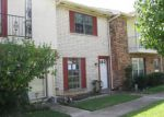 Foreclosed Home in Grand Prairie 75052 W TOWNHOUSE LN - Property ID: 3417534465
