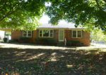 Foreclosed Home in Huntsville 35811 WINDOVER DR NE - Property ID: 3420287125