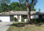 Foreclosed Home in Spring Hill 34606 HILLTOP CIR - Property ID: 3421334777
