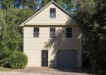 Foreclosed Home in Snellville 30039 JANICE DR - Property ID: 3421535354