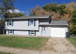 Foreclosed Home in Davenport 52806 W 56TH ST - Property ID: 3421962830