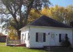 Foreclosed Home in Oelwein 50662 6TH ST NW - Property ID: 3421968521