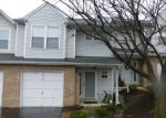 Foreclosed Home in Harrisburg 17110 DAYBREAK CIR - Property ID: 3423339373