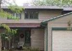 Foreclosed Home in Decatur 62526 N CAMELOT DR - Property ID: 3424727758