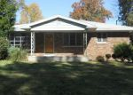 Foreclosed Home in Evansville 47714 MONROE AVE - Property ID: 3424831552