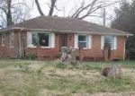 Foreclosed Home in Owensboro 42303 MILLERS MILL RD - Property ID: 3424959440