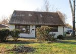 Foreclosed Home in Louisville 40272 BOLD VENTURE RD - Property ID: 3424972588
