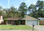 Foreclosed Home in Crosby 77532 BROKEN BACK DR - Property ID: 3425651441