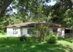 Foreclosed Home in Clute 77531 LIVE OAK ST - Property ID: 3425658894