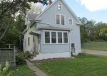 Foreclosed Home in Dubuque 52001 QUEEN ST - Property ID: 3426719663