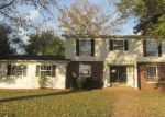 Foreclosed Home in Carbondale 62901 N PARRISH LN - Property ID: 3426777921