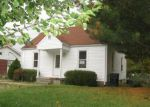 Foreclosed Home in New Albany 47150 OLD FORD RD - Property ID: 3426963162