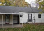 Foreclosed Home in Topeka 66604 SW 14TH ST - Property ID: 3427025359