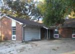 Foreclosed Home in Gulfport 39507 HARTFORD PL - Property ID: 3427452385
