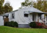 Foreclosed Home in Lancaster 43130 S CEDAR AVE - Property ID: 3427870658