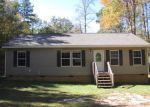 Foreclosed Home in Laurens 29360 STEVE THOMPSON RD - Property ID: 3428102340