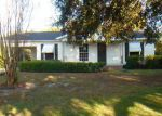 Foreclosed Home in Gulfport 39507 WASHINGTON AVE - Property ID: 3429179316