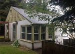 Foreclosed Home in Bremerton 98310 PICKERING AVE NE - Property ID: 3430028556