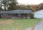 Foreclosed Home in Fayetteville 17222 SUNSHINE LN - Property ID: 3430652671