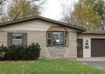 Foreclosed Home in Carpentersville 60110 TEPEE AVE - Property ID: 3432795228