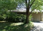 Foreclosed Home in Carbondale 62901 S DIXON AVE - Property ID: 3432828519