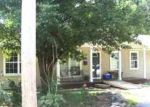 Foreclosed Home in Taylorville 62568 E THOMPSON ST - Property ID: 3432842983