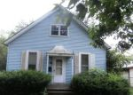 Foreclosed Home in Mattoon 61938 MOULTRIE AVE - Property ID: 3432847351