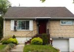 Foreclosed Home in West Orange 7052 CONFORTI AVE - Property ID: 3433956748