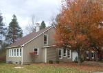 Foreclosed Home in Buffalo 14228 ROBIN RD - Property ID: 3434190172