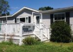 Foreclosed Home in Raymond 03077 EVELYN AVE - Property ID: 3434523475