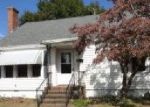 Foreclosed Home in Washington 27889 E 10TH ST - Property ID: 3435056941