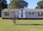 Foreclosed Home in Darlington 29532 NAVARRE RD - Property ID: 3436645463