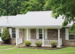 Foreclosed Home in Centerville 37033 HIGHWAY 438 - Property ID: 3436892931