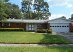 Foreclosed Home in Jacksonville 32207 SHERI LN - Property ID: 3438555919