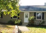 Foreclosed Home in Ringgold 30736 CREEKS BEND DR - Property ID: 3440454975