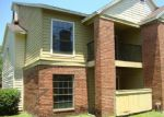 Foreclosed Home in Tampa 33614 MALLARD RESERVE DR - Property ID: 3442589200
