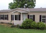 Foreclosed Home in Lafayette 37083 OAK KNOB RD - Property ID: 3443583409