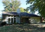 Foreclosed Home in Fort Smith 72903 S 98TH CIR - Property ID: 3444349424