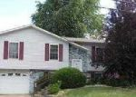Foreclosed Home in Godfrey 62035 GLADYS AVE - Property ID: 3445284497
