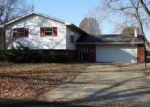 Foreclosed Home in Springfield 62704 DICKINSON RD - Property ID: 3445344501